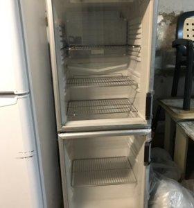 Продаётся холодильник AEG