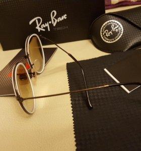 Солнцезащитные очки RAY- BAN