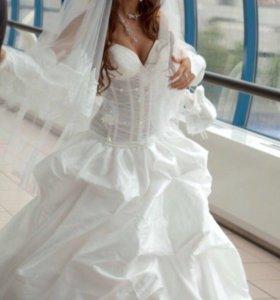 Платье свадебно