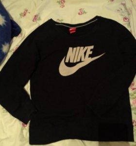 Свитшот Nike новый
