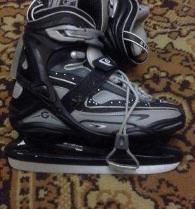 Хоккейные коньки STURDI