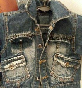 Джинсовая курточка размер 4