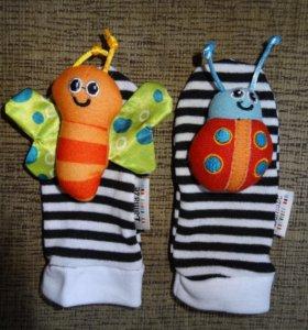 Носочки с игрушками