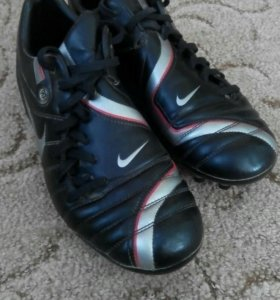 Бутсы Nike total 90