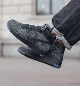 Nike Air Force flyknight