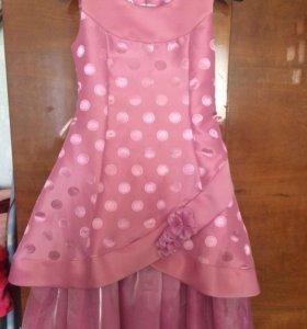 Платье для девочки р.34 ( рост 140-146)