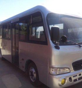 Автобус Хундай Каунти 2011 г