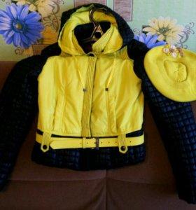 Курточка 44 размер, с береткой