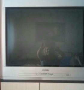 Телевизор 72см