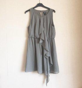 Платье h&m с рюшами 42/44
