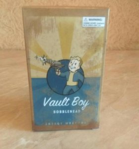 Fallout Vault Boy пупс Energy Weapons