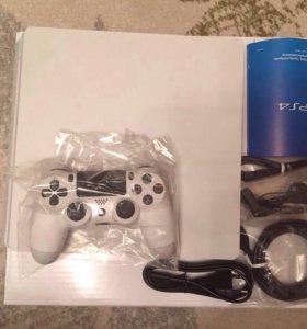 PlayStation 4 (PS 4)