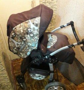 Детская коляскс