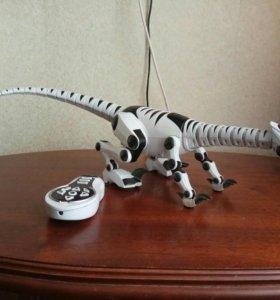 Робот-ящер Woowee