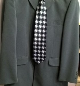 Костюм, галстук, белая рубашка