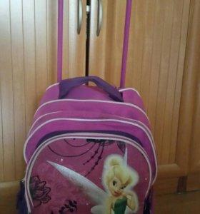 Рюкзак на колесиках