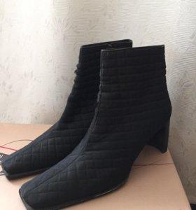 Ботинки чёрные Casadei