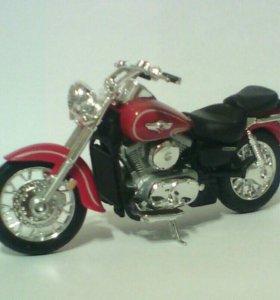 Модель мотоцикла APRILIA-Silver