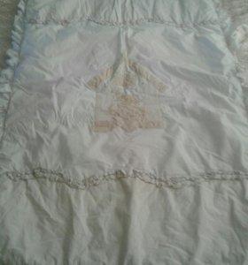 Одеяло и подушка с наволочкой