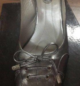 Кожаные туфли (новые)