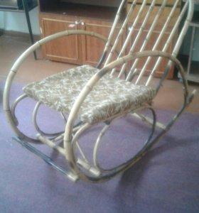 БАМБУКОВАЯ Кресло -качалка