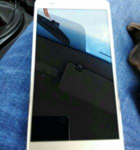 Huawei honor 5x. 5'5 дюймов.