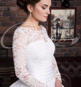 Новое белоснежное платье