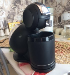 Кофемашинка Nescafé Crups