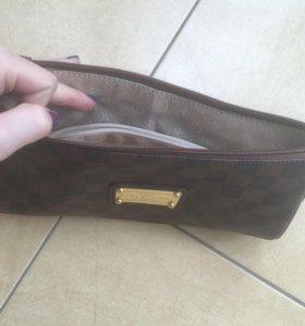 Продам сумку LV