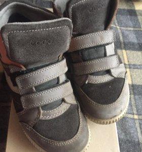 Ботиночки на мальчика Ecco
