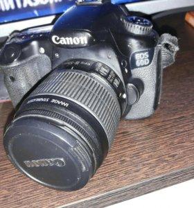 Зеркальная фотокамера Canon eos 60d