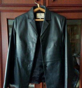 Кожаный пиджак б/у несколько раз