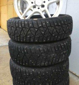 Зимний комплект шин с литьем