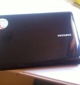 Недбук Samsung windows7