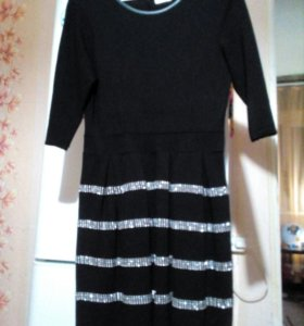 Платье(юбка колокольчиком)