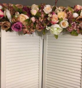 Аренда ширмы с декором цветы