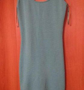 Платье bershka размер м