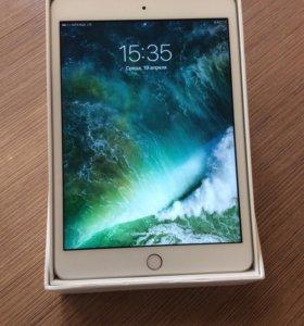 iPad mini 3 С симкартой.
