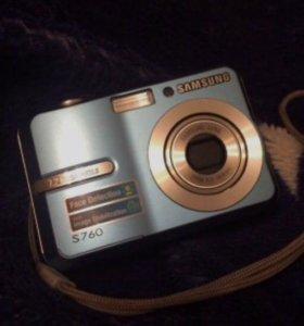 Цифровой фотоаппарат Samsung S760