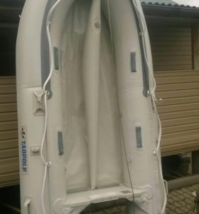 лодка TADPOLE 300SD