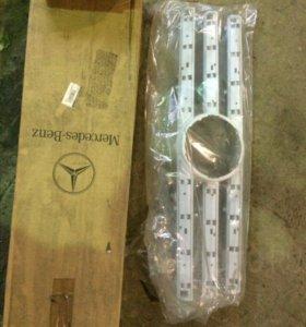 Решетка радиатора для Mercedes G-Classe W4