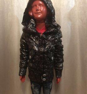 Подростковая куртка на девочек
