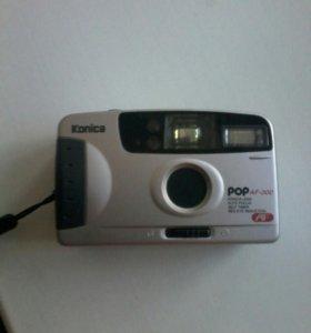 Фотоаппарат Konica с чехлом