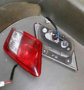 Фонари багажника тойота камри v-40 0.6-0.11г,в.