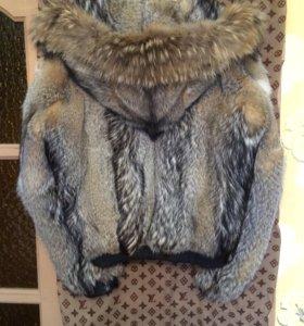 Зимняя куртка из волка
