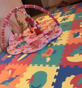 Развиваюшии коврик