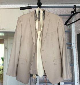 Мужской костюм 52 размер рост 182
