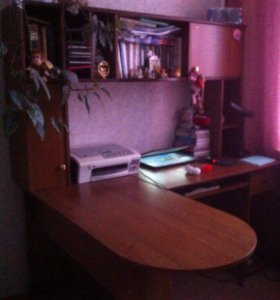 Компьютерный стол (стенка)