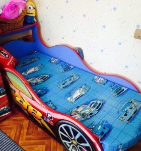 Детская машинка-кроватка