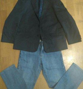 Пиджак и джинсы